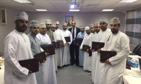 """""""أبوغزاله"""" تعقد في عُمان دورة تدريبية لمعالجة الصور"""